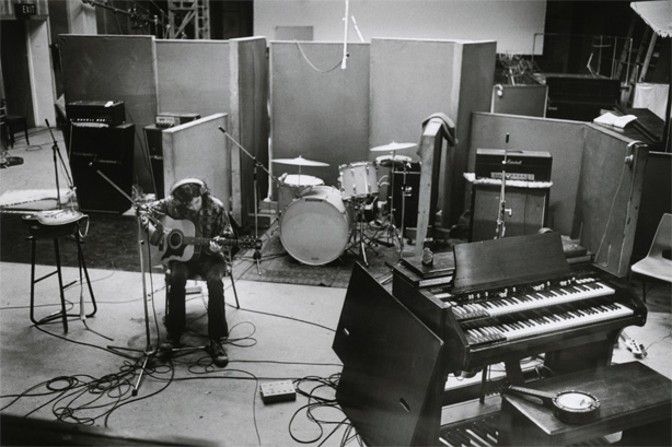 Jimmy Page, Olympic Studios, 1969. Source: http://bluex2.tumblr.com/image/28308287697