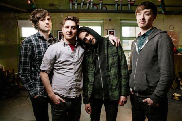 Слева направо: Роб, Пол, Стив, Райан. Photo by Danny North. Source: https://www.facebook.com/HawkEyesMusic